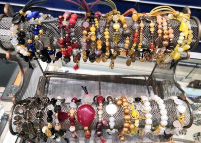 bracelets-bijoux-paris-parfums-lourdes